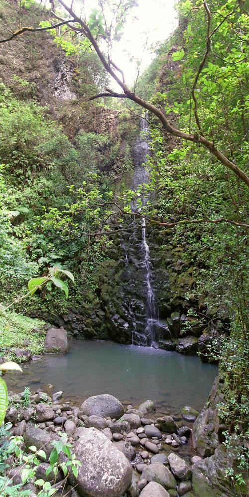 kaloa-falls-pool-sml.jpg