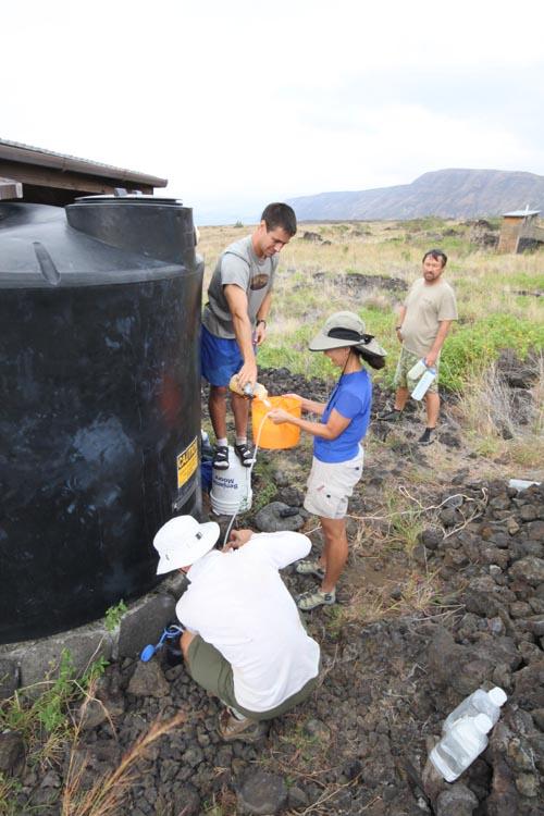 Keauhou-Getting-Water-Sml