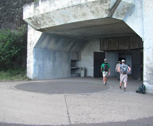 MooKapuOHaloa-Bunker-Entrance-Sml